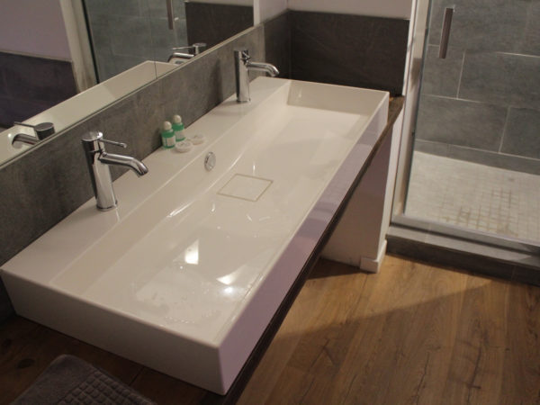 Salle de bain de luxe du Gîte Ker Spa